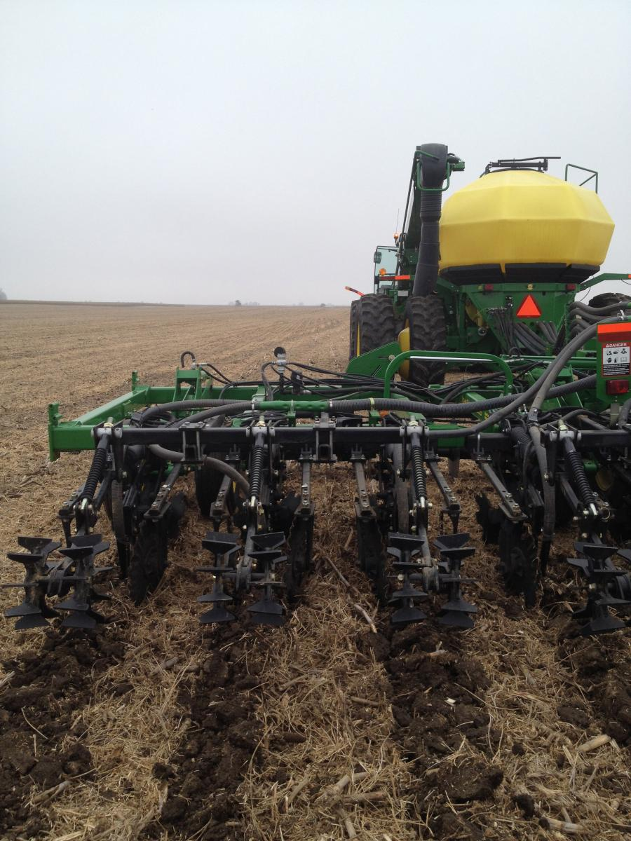 Strip till placement
